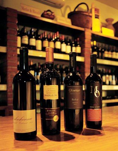 palette-vino-bottles.jpg